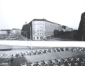 Bernauer Straße - End of Bernauer Straße, looking into Eberswalder Straße and East Berlin, 1973.