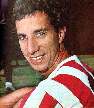 Carlos Bilardo - Bilardo while playing for   Estudiantes de La Plata in 1968.