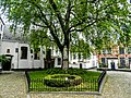 Binnenplein Begijnhof Kortrijk.jpg