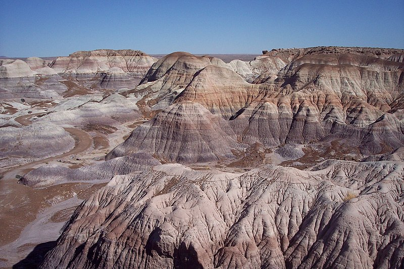 File:Blue Mesa Painted Desert.jpg