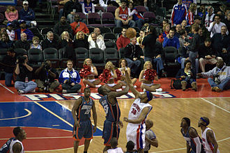 Emeka Okafor - Okafor tipping-off against Rasheed Wallace.