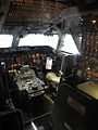 Boeing 747 cockpit (Northwest Airlines) - Flickr - skinnylawyer.jpg