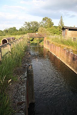 Bosmere Lock, Needham Market - geograph.org.uk - 850224