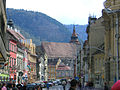 Brașov, Strada Mureșenilor și Biserica Neagră.jpg
