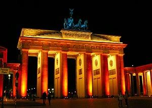 Festival of Lights (Berlin) - Image: Brandenburger Tor Fo L2005