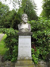 Bremer Friedrich Porträtbüste.jpg