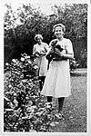 British Pharmacological Society; Edith Bulbring and friend. Wellcome L0021741.jpg
