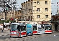 Brno, Nádražní, Škoda 13T č. 1918 (2013-04-27; 01).jpg