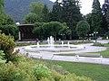 Brunnen Kurpark Ischl.JPG