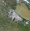 Buenos Aires, city and vicinities, satellite image LandSat-5, 2011-08-21, near natural colors, 30 m resolution.jpg