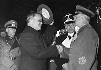 Continuation War - German von Ribbentrop (right) bidding farewell to Soviet Molotov in Berlin on 14 November 1940 after discussing Finland's coming fate