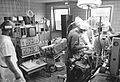 Bundesarchiv Bild 183-1989-0222-302, Rostock, Universitätsklinik, Tierexperimentelles Zentrum.jpg
