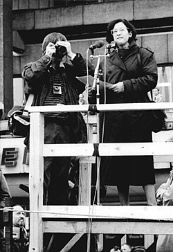 Bundesarchiv Bild 183-1989-1104-060, Berlin, Demonstration, Rede Christa Wolf.jpg
