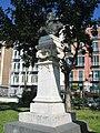 Busto Del Giudice Villa Comunale 1.jpg