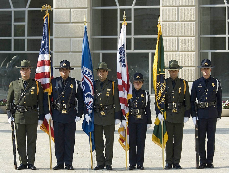 CBP Officers pay tribute 2007