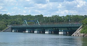City Island Bridge - Image: CI Bridge from south of park jeh