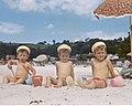 Cabanas. Praia, Nenos, .jpg