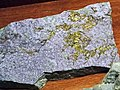 Calaverite-fluorite vein (Cripple Creek Diatreme, Early Oligocene, 32 Ma; Cripple Creek Mining District, Colorado, USA) 4.jpg