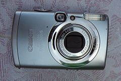 Canon Digital IXUS 800 IS.jpg