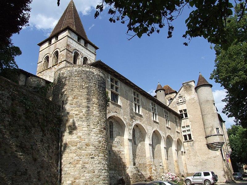 Château des Doyens - Carennac (Кареннак), Миди-Пиренеи, Франция - достопримечательности, путеводитель по городу. Что посмотреть в Кареннаке и вокруг, как добраться - автобусы