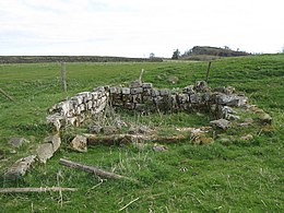 Carvoran (Magna) Roman Fort - tower at northwest corner (2) - geograph.org.uk - 1374211.jpg