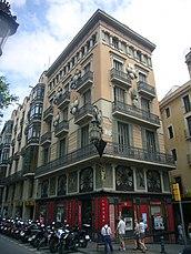 Casa Bruno Cuadros (reforma de edificio anterior) , Barcelona (1888)