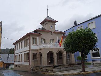Baralla - Image: Casa concello Baralla 21