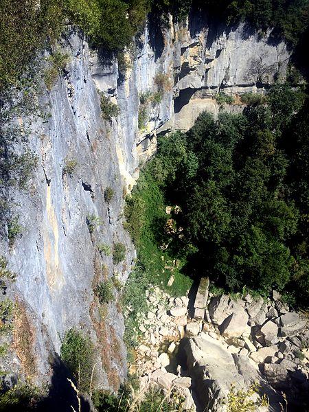 Cascade de Cerveyrieu...sans eau (canicule).