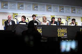 Cast of Fantastic Beasts & Where to Find Them.jpg