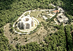 Castel del Monte, Apulia - Castel del Monte seen from above