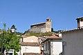 Castellet-les-Sausses, église et village.jpg