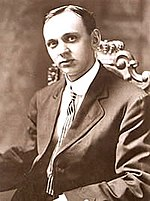 Edgar Cayce (1877 – 1945) was one of the best-known American psychics of the 20th century and made many highly publicized predictions.