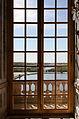 Château de Versailles, galerie des glaces, fenêtre et vue sur le jardin.jpg
