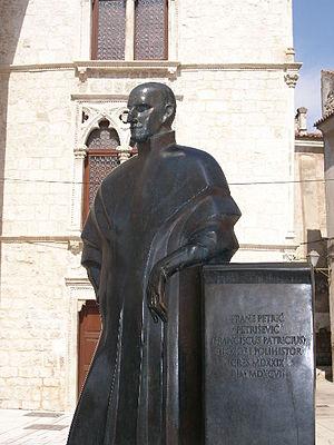 Franciscus Patricius - Statue of Franciscus Patricius in Cres.
