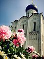 Church-of-the-Intercession-on-the-Nerl.jpg