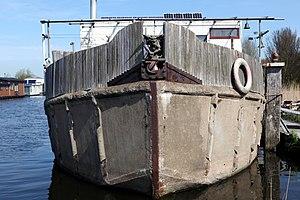 Concrete barge boat ship - Flickr - Joost J. Bakker IJmuiden.jpg