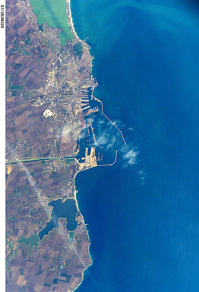 Fișier:Constanta STS112-E-6329 lrg.jpg