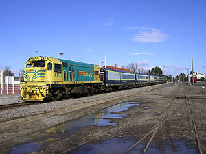 Wairarapa Connection - DCP4818 and an SW carriage set on a northbound Wairarapa Connection service at Carterton in August 2007