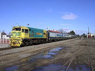 Tranz Metro - Image: DCP4818 and SW set at Carterton station with Waiararapa Connection
