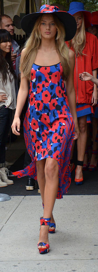 Donna Karan - DKNY Spring 2012