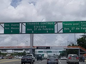 DR-3 - DR-3 Westbound after the Juan Bosch Bridge entering the National District through the 27 de Febrero Expressway segment.