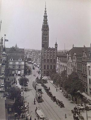 Trams in Gdańsk - Trams on Danzig's Langer Markt (1906)