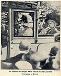 Das Kaiserpaar und Prinzessin Viktoria Luise in Posen, 1910.jpg