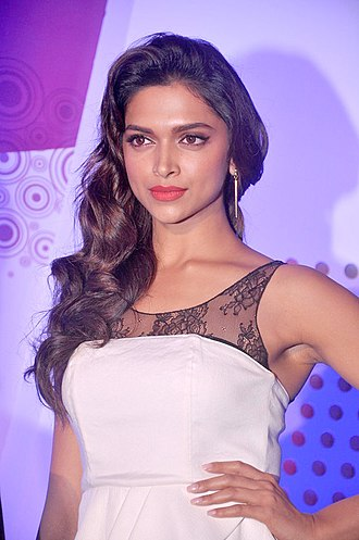 17th IIFA Awards - Deepika Padukone (Best Actress)