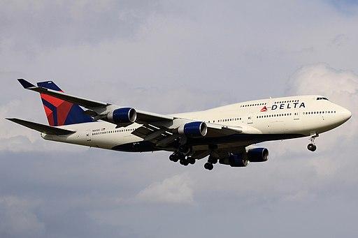 Delta B747-400(N661US) (4197510306)