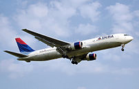 Boeing 767-300ER in the livery used from 2000 ...
