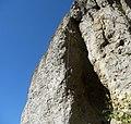 Die Kuhkirchner Wand ist ein bekannter Kletterfelsen. - panoramio.jpg