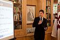 Diskusija Dombrovskis vs Dombrovskis (5887936053).jpg