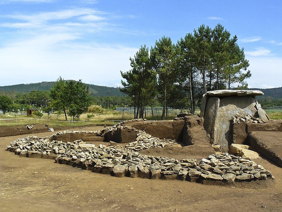 Dolmen de Dombate - Cabana de Bergantiños - A Coruña (excavacións 2009)