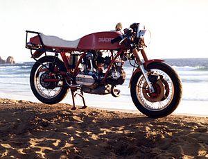 Ducati 860 GT - Image: Ducati 860